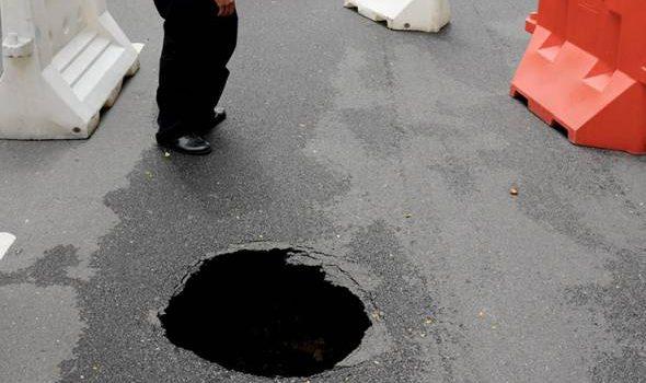Sikap alpa pihak berwajib berkaitan penyelenggaraan jalan raya harus berakhir
