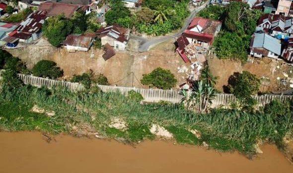 Kerajaan negeri perlu keluar arahan henti aktiviti korek pasir Sungai Kelantan